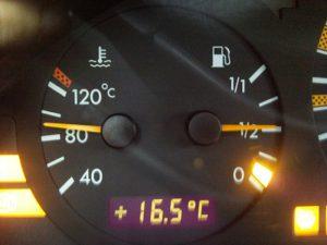 Двигатель не нагревается до рабочей температуры