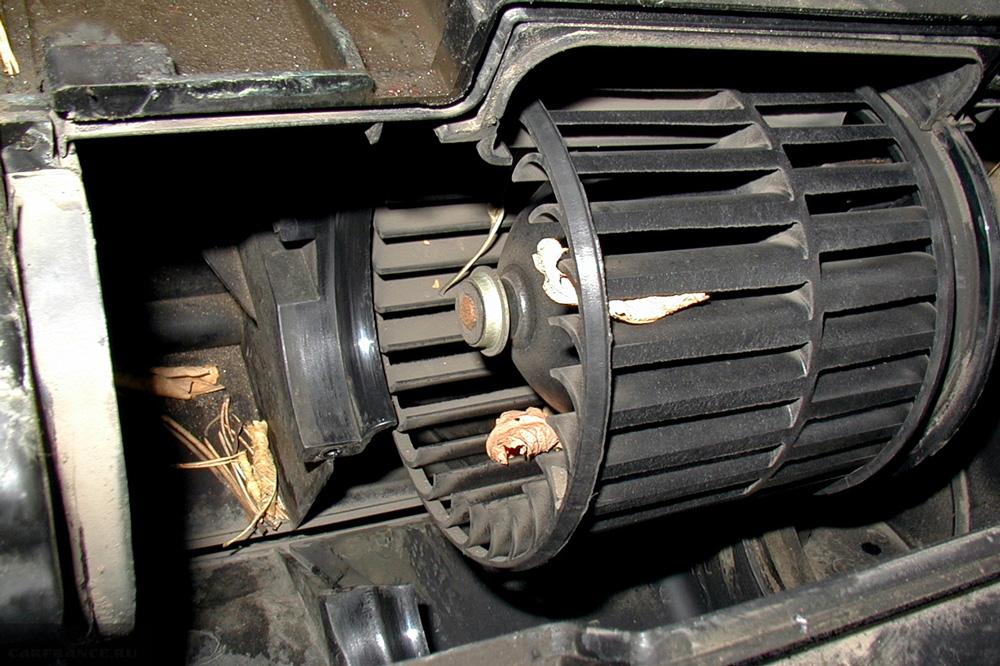 """Почему не работает вентилятор печки """"ВАЗ 2114, 2115"""": причины, замена моторчика своими руками"""