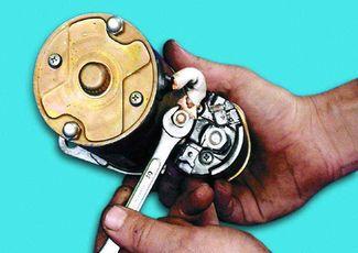 Не заводится ВАЗ стартер не крутит и не щелкает ремонт и автозапуск своими руками